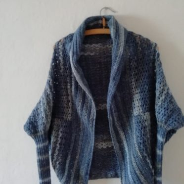 strickidee-herbst-poncho-03